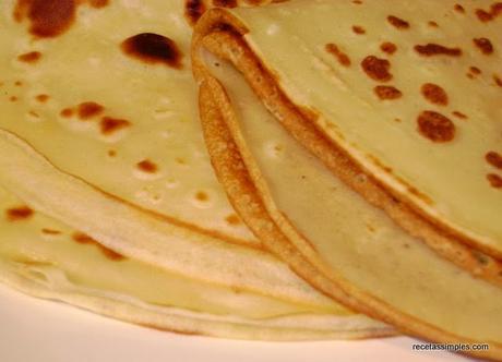 Recette de pâte à crêpe classique, pour faire des crêpes salées et sucrées