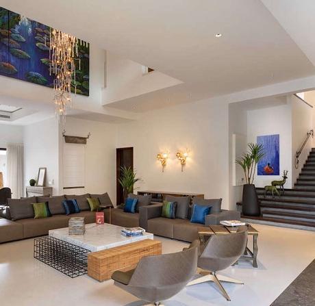 villa tropicale salon table basse marbre grillage - blog déco - clem around the corner