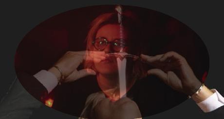 Le buffet: Safia Nolin et le show d'avaleurs de couteaux