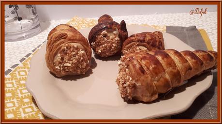 Cornets feuilletés à la crème pâtissière pralinée