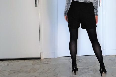 short noir lien à nouer arrière