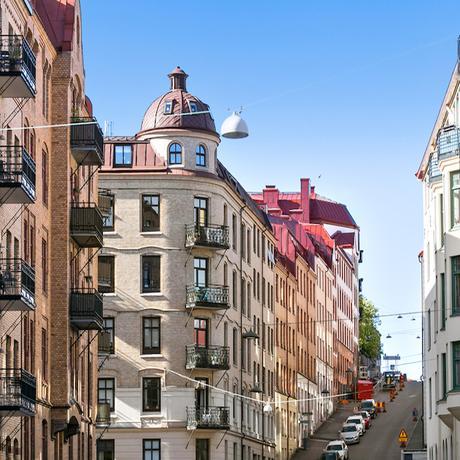 appartement suédois ville suède toit rouge - blog déco - clem around the corner