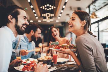 CHRONIQUE : Tips pour une soirée en amoureux réussie