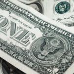 billets 150x150 - Apple a versé une rémunération record à ses actionnaires