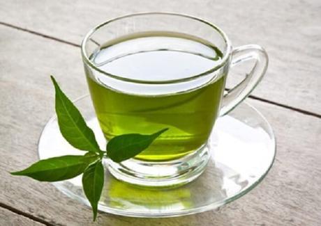 Consommez du thé vert pour brûler vos graisses en un rien de temps !