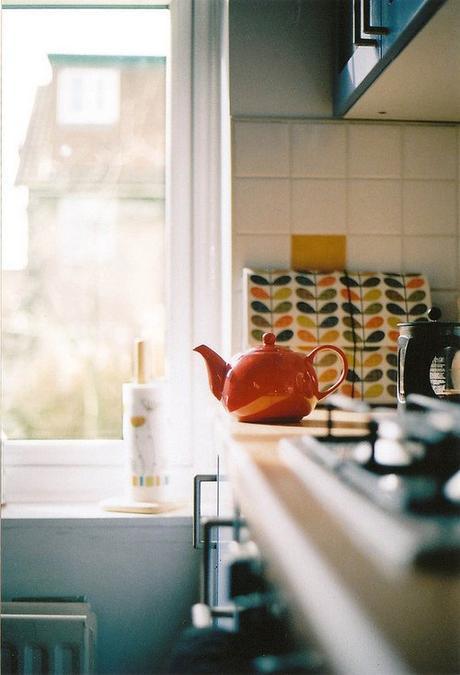 style rétro cuisine the rouge - blog déco - clem around the corner