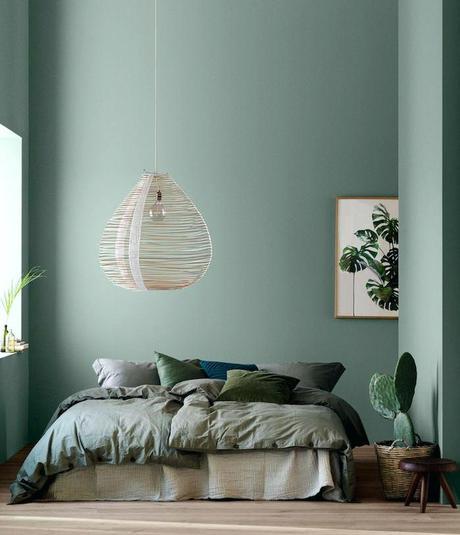 décoration vert céladon chambre nuance kaki cactus tropical bois - blog déco - clem around the corner