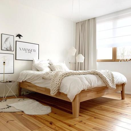 pierre papier ciseaux intérieur minimaliste blog chambre lit plaid tricot bois parquet - blog déco - clem around the corner