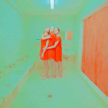 [PHOTOGRAPHIE] : dans le monde acidulé d'Andrea Koporova