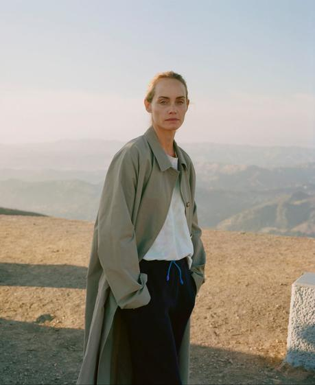 Amber Valletta par Theo Wenner