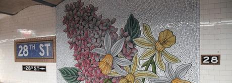 Des mosaïques de fleurs s'invitent dans le métro de New York