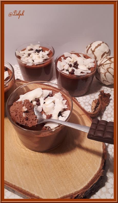 Crèmes au chocolat et lait concentré sucré