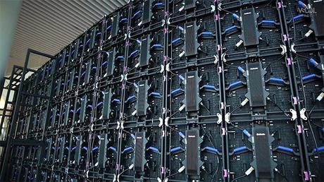 Unilumin UPAD III : le panneau LED modulaire pour l'intérieur et l'extérieur