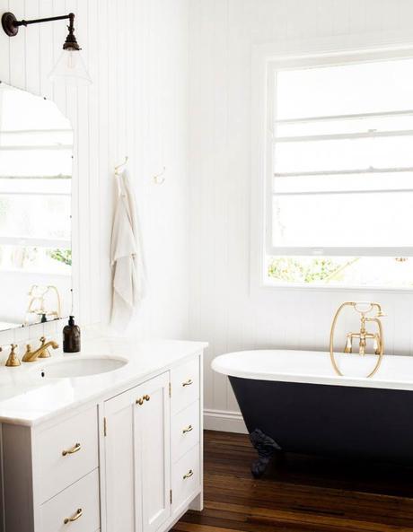intérieur californien salle de bain baignoire ancienne