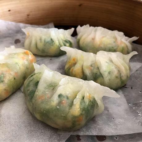 Boli jiaozi à la vapeur 玻璃蒸饺