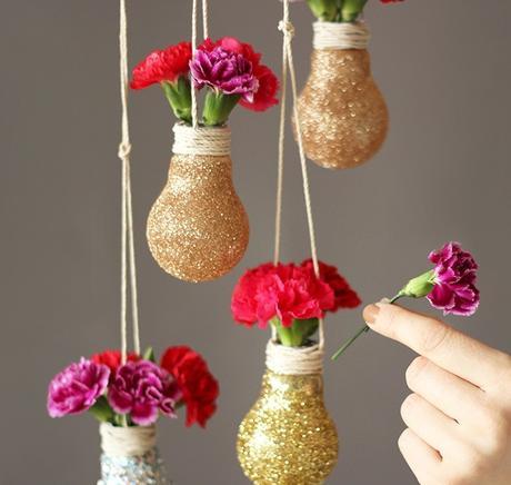 idée déco récup ampoule vase paillette fleurs - blog déco - clem around the corner