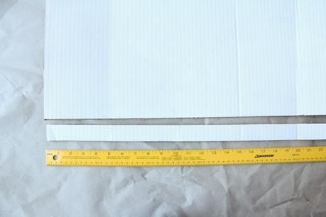 idée déco récup carton mètre jaune - blog déco - clem around the corner