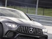 Pratiquez sport famille grâce Mercedes-AMG Coupé Portes