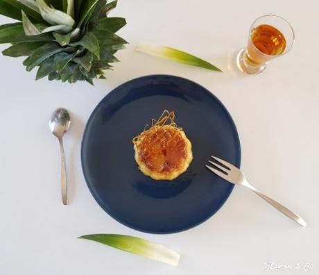 Fleurs à l'ananas et au caramel beurre salé