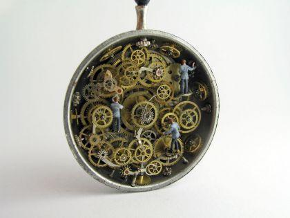 Mondes miniatures de Gregory Grozos