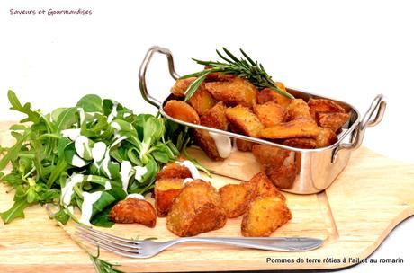 Pommes de terre rôties à l'ail et au romarin,