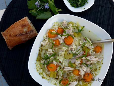 Soupe de poulet au riz