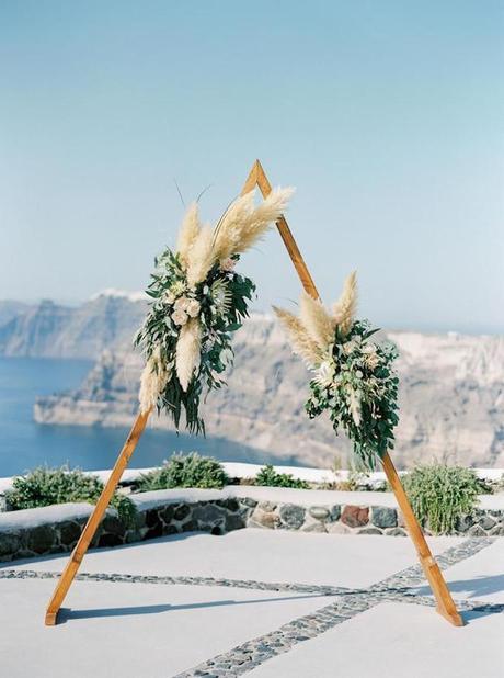 l'herbe de la pampa mariage santorini grèce - blog déco - clem around the corner