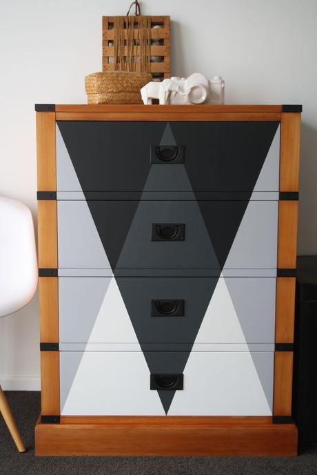 bons plans étudiant diy peindre une vieille commode en bois moderne - blog déco - clem around the corner