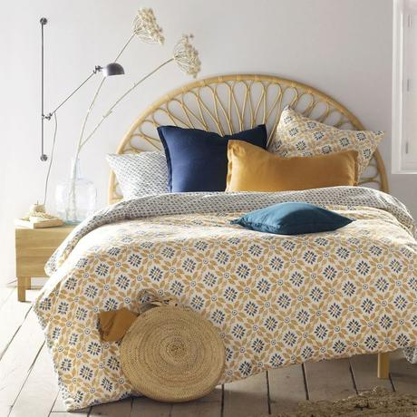 panier de rangement chambre style campagne lumineuse nuance jaune marron bleu parquet bois rustique - blog déco - clem around the corner