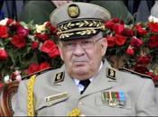 Algérie Abdelaziz Bouteflika poussé vers sortie l'armée