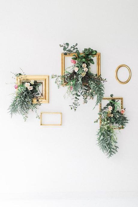 cadre doré bouquet suspendu déco murale mariage élégante à faire soi-même