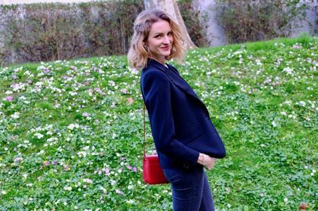 Susanna au milieu des fleurs