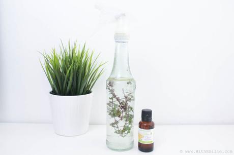 Recette : Spray Nettoyant multi-surfaces fait maison avec 4 ingrédients