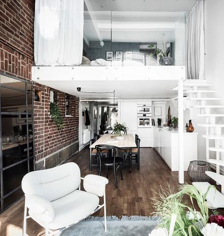 loft suédois mezzanine vitrée murs blancs - blog déco - clem around the corner