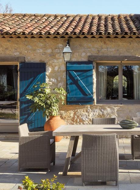 sifas table extérieur fauteuil maison de campagne - blog déco - clem around the corner