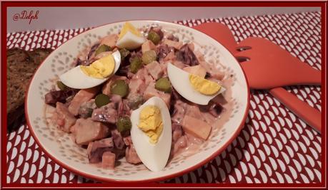 Salade de betterave aux pommes de terre, Rosolje (Estonie)