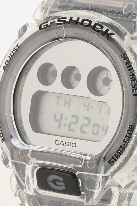 Beams imagine deux G-shock transclucides pour Casio