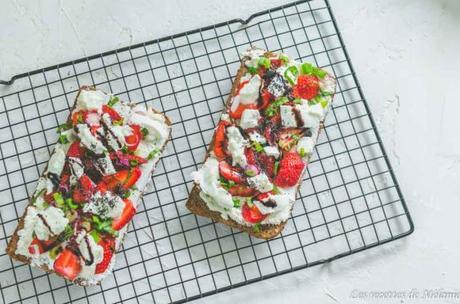 Bruschetta fraises et mozzarella