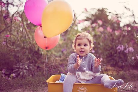 Séance photo bébé 1 an en extérieur Paris et Yvelines