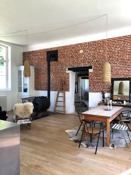 Normandie / Ecole à vendre ... superbement rénovée /