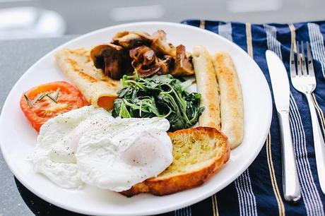 Fin d'un mythe : ne pas sauter le petit déjeuner pour maigrir.
