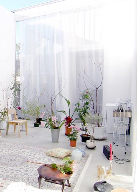 house a de ryue nishizawa balcon terrasse outdoor jardin fleurs - blog déco - clem around the corner