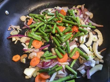 Crunchy green – Riz sauté aux asperges vertes