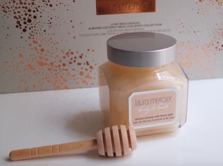 Luxe Indulgences par Laura Mercier – Luxe, lait d'amande et de coco
