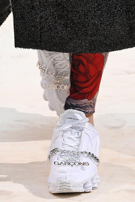 Disponible au Japon, les Comme des Garçons x Nike Shox TL auront une release globale en Juin
