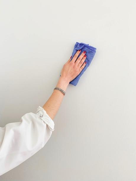 nettoyer mur apres peinture microfibre alcool conseil