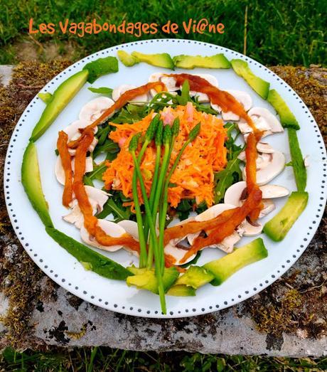 Salade carottes, champignons, avocat, asperges des bois