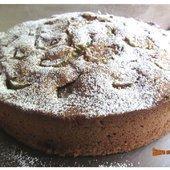 Gâteau très moelleux à la rhubarbe et à la crème fraîche - sucreetepices.over-blog.com