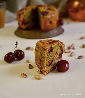pistaches , cerises , cake du gouter