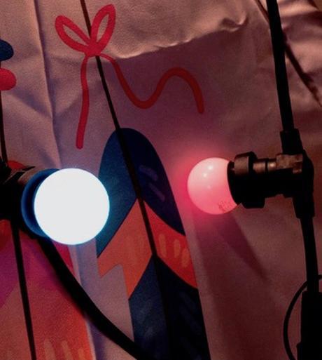 guirlande noire plus ampoule multicolore guirlande déco extérieur outdoor - blog déco - clemaroundthecorner